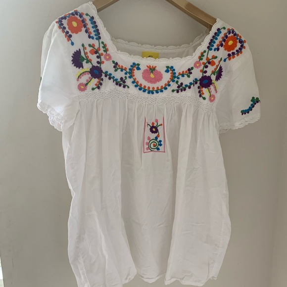 Roberta Roller Rabbit Tops - Roberta Roller Rabbit embroidered. Worn 1x. Size S